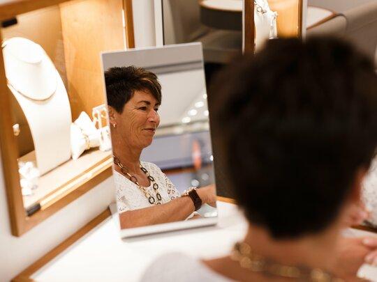 """Linda van Trossèl Juwelier: """"Ik leer nu alles over GPS-horloges!"""""""