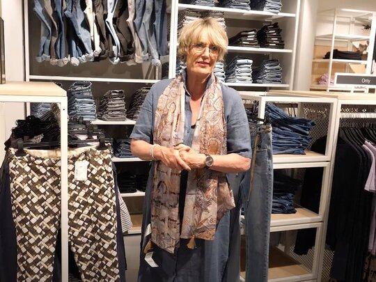 Welke kleding past bij welk figuur? - Bekijk de nieuwe video's van Nelleke Mulder vol handige tips